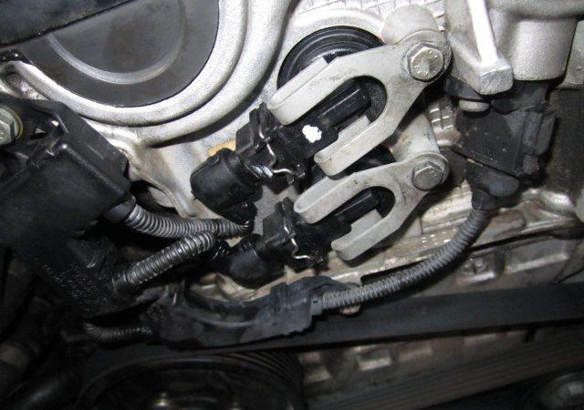 N系4気筒エンジンのエンジンオイル漏れバーノスソレノイドOリング