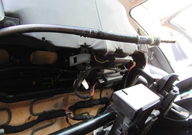 5シリーズ E39 525iセレクション パワーシート修理