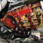 3シリーズ E91 320iツーリング オイル漏れ修理とラムダセンサー交換