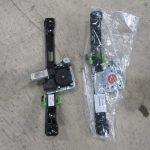 3シリーズ E90 323iMスポーツ 左リアパワーウインドレギュレータ交換