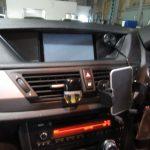 X1 E84 18i S-Drive Mスポーツ ポータブルナビ交換